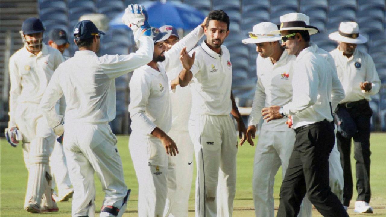 रणजी ट्रॉफी: पहले मैच के लिए मुंबई टीम का ऐलान, पृथ्वी शॉ को नहीं मिली जगह, इस दिग्गज को मिली कप्तानी 28