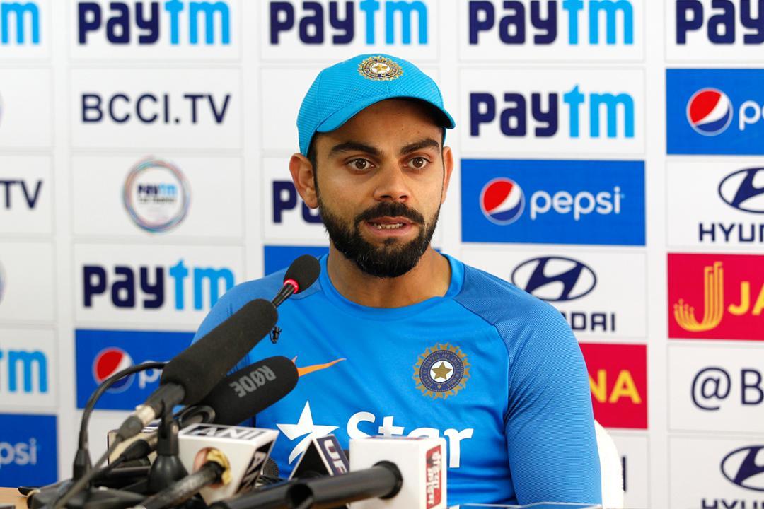 INDvsWI, दूसरा वनडे: विराट कोहली ने टाई मैच के बाद किया कुछ ऐसा जीता विंडीज फैंस का दिल 1