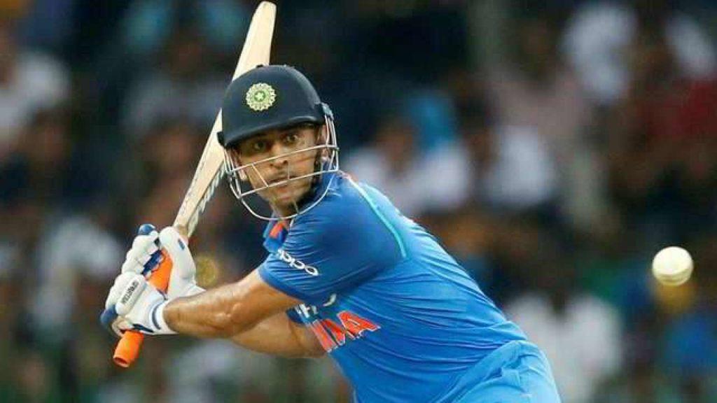 INDvsWI- 1 रन बनाते ही महेन्द्र सिंह धोनी के नाम दर्ज हो जाएगा एक और ऐतिहासिक रिकॉर्ड 2