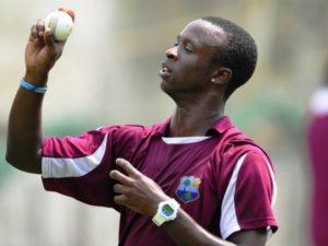 राजकोट टेस्ट मैच में भारत के खिलाफ नहीं खेलेंगे किमर रोच 3