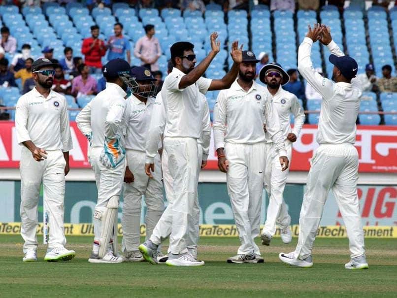आईसीसी ने किया नियमों में बदलाव, 12 वें खिलाड़ी को कप्तान की सहमती से मिल सकती हैं विकेटकीपिंग 3