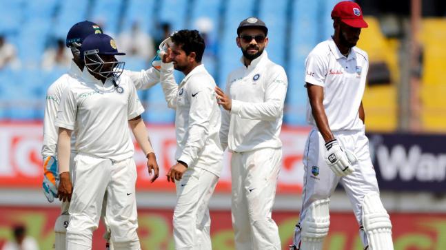 INDvsWI, 2nd Test: कुलदीप की फिरकी में फंसी वेस्टइंडीज टीम ने गंवाए 197 पर 6 विकेट 2
