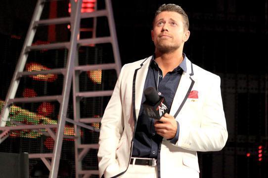 WWE के सबसे स्मार्ट और हैंडसम सुपरस्टार रेसलर 8