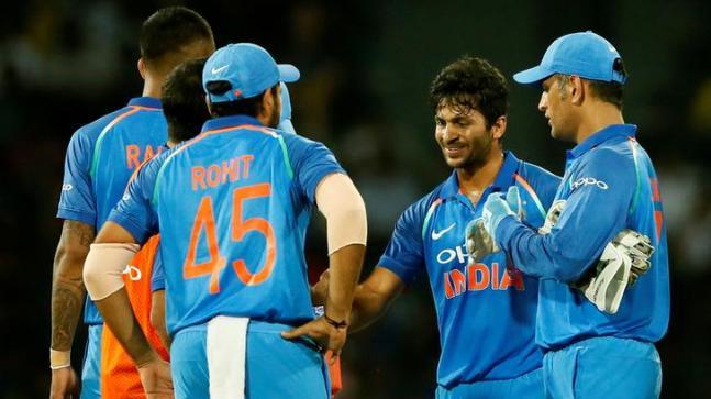 INDvsWI: पहले 2 वनडे मैच के लिए घोषित हुई टीम में हुआ बदलाव, शार्दुल ठाकुर की जगह इस खिलाड़ी को मिला मौका 9
