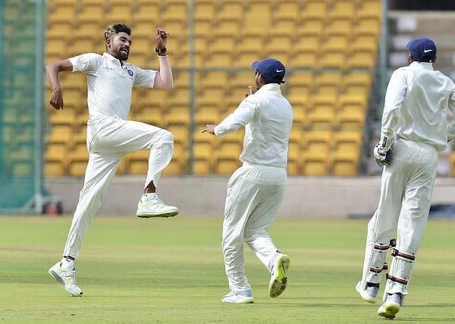 न्यूज़ीलैंड दौरे से पहले इन चार भारतीय गेंदबाजों को दिया गया है आराम, अजिंक्य रहाणे होंगे नये कप्तान 12