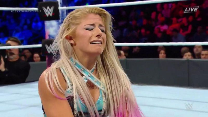 एक ही महीने के भीतर हुए ये पांच WWE रेसलर रिंग से बाहर 6
