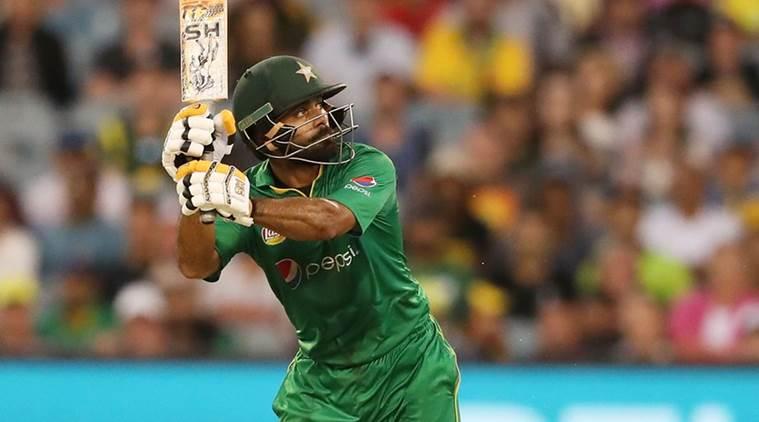 विश्वकप 2019: पाकिस्तान को लगा बड़ा झटका, टीम के सबसे अनुभवी और महत्वपूर्ण बल्लेबाज का चयन मुश्किल 5