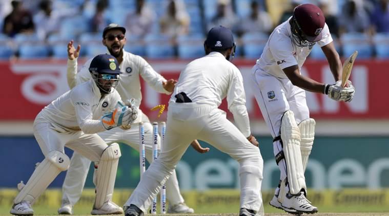 INDvsWI: वेस्टइंडीज के गेंदबाजी कोच ने अपने खिलाड़ियों को भारतीय गेंदबाजों से सीखने की दी सलाह 2