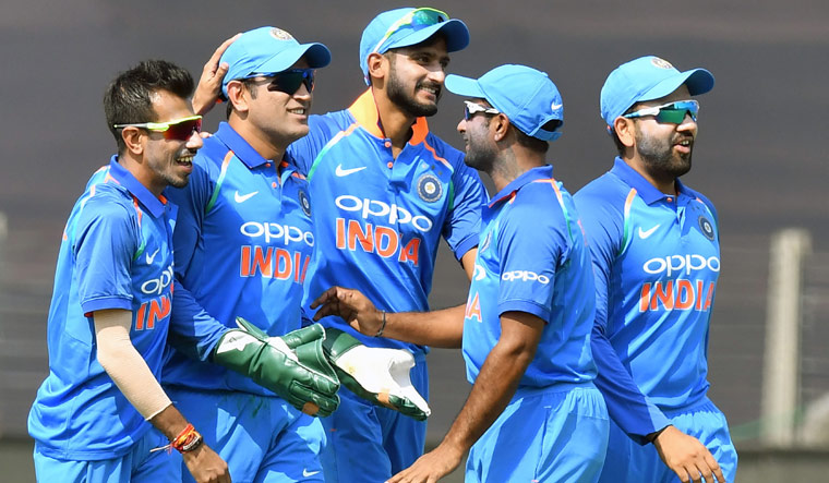 INDvsWI: पांचवें वनडे में इन खिलाड़ियों को ड्रॉप कर सकते हैं विराट कोहली 19