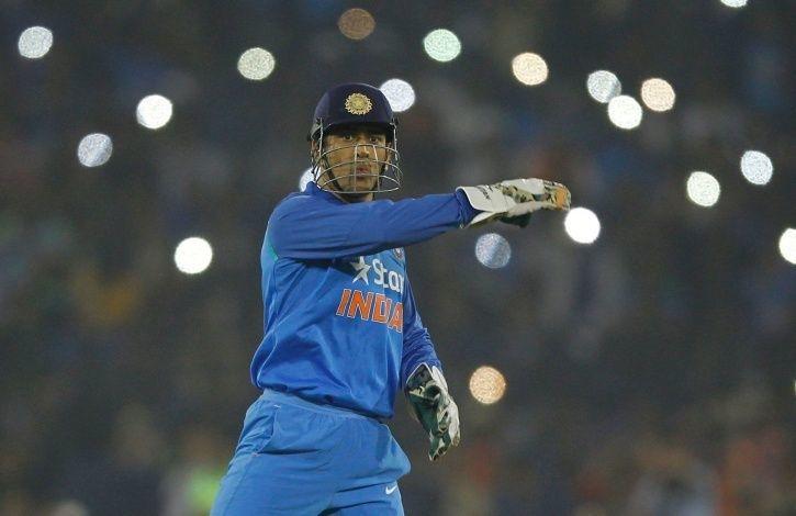 विराट कोहली ने किया बड़ा खुलासा, बताया किस वजह से धोनी हुए टी-20 टीम से ड्राप 3