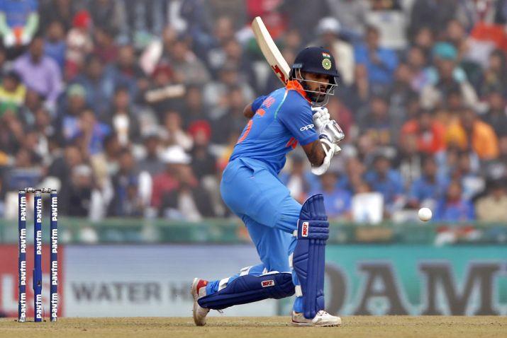 INDvsWI: तीसरे वनडे के लिए भारतीय टीम घोषित, इन 11 खिलाड़ियों के साथ उतरेगा भारत, दिग्गज की फिर हुई वापसी 2