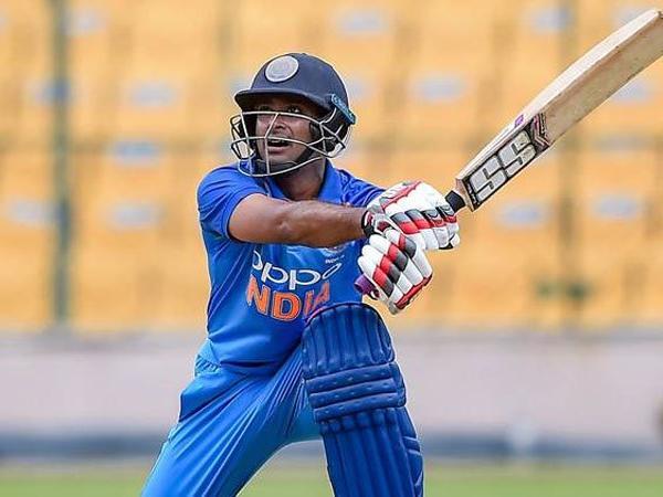 NZvsIND: पहले वनडे की 16 सदस्यी टीम में से इन पांच खिलाड़ियों को बाहर रखेंगे कप्तान कोहली! 3