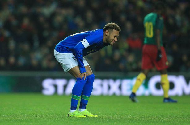 Brazil beat Cameron 1-0, Neymar injured