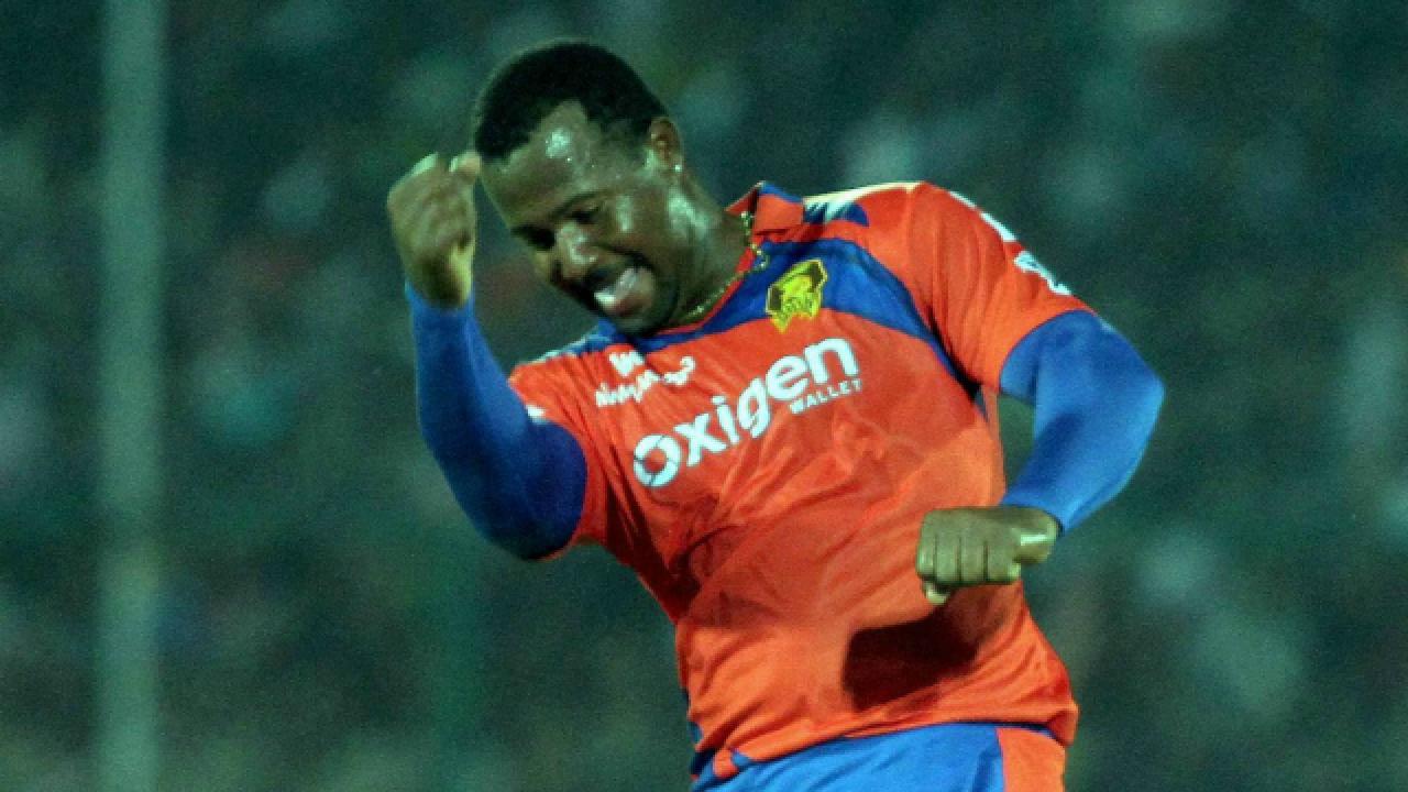इंडियन प्रीमियर लीग 2016: पारी में सबसे ज्यादा डॉट गेंद 6