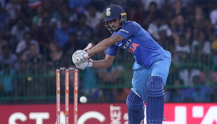 AUSvsIND: पहले टी-20 की 12 सदस्यी टीम देख सौरव गांगुली ने इस खिलाड़ी को टीम में शामिल करने की कही बात 6