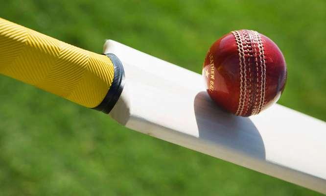 वीडियो: जब मोबइल फ़ोन की वजह से हिट विकेट हो गया था ये बल्लेबाज 2
