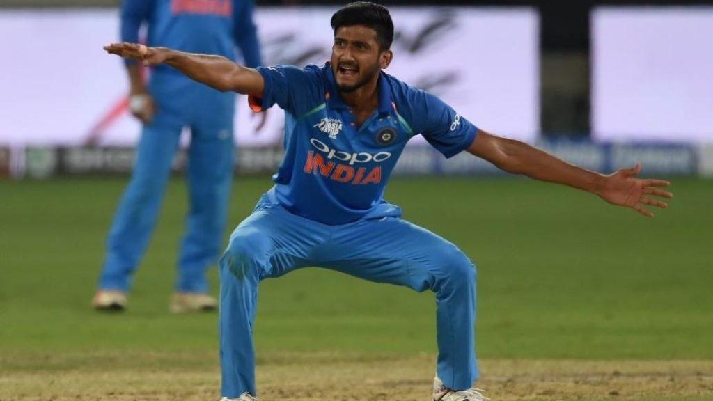 युवा तेज गेंदबाज खलील अहमद ने नई गेंद से जिम्मेदारी मिलने पर कही बड़ी बात 4