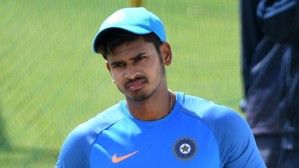 INDvsWI- लखनऊ में होने वाले मैच से पहले रोहित शर्मा ने किये टीम में दो बड़े बदलाव, दूसरे मुकाबले में इन दो नए चहरो के साथ मैदान पर उतरेगी भारतीय टीम ! 6
