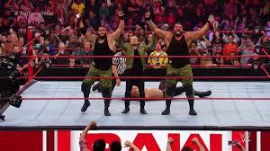 WWE रॉ रिजल्ट्स: 5 नवम्बर, 2018, सैथ रोलिंस के साथ नहीं उतरे डीन एम्ब्रोज, छिनी टैग-टीम चैंपियनशिप 4