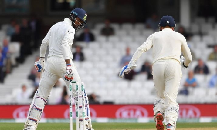 वीडियो: ऑस्ट्रेलिया के खिलाफ अभ्यास मैच में गेंदबाजी के दौरान उमेश यादव के साथ हुआ दर्दनाक हादसा, परेशान हुई भारतीय टीम 3