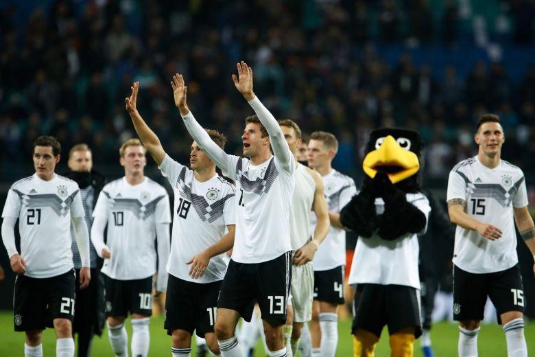 फुटबाल : जर्मनी ने रूस को 3-0 से दी मात 2