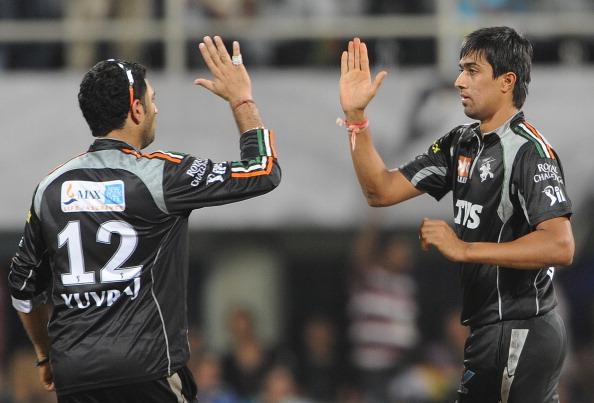 इंडियन प्रीमियर लीग 2011: सबसे बेहतरीन इकॉनमी रेट 15