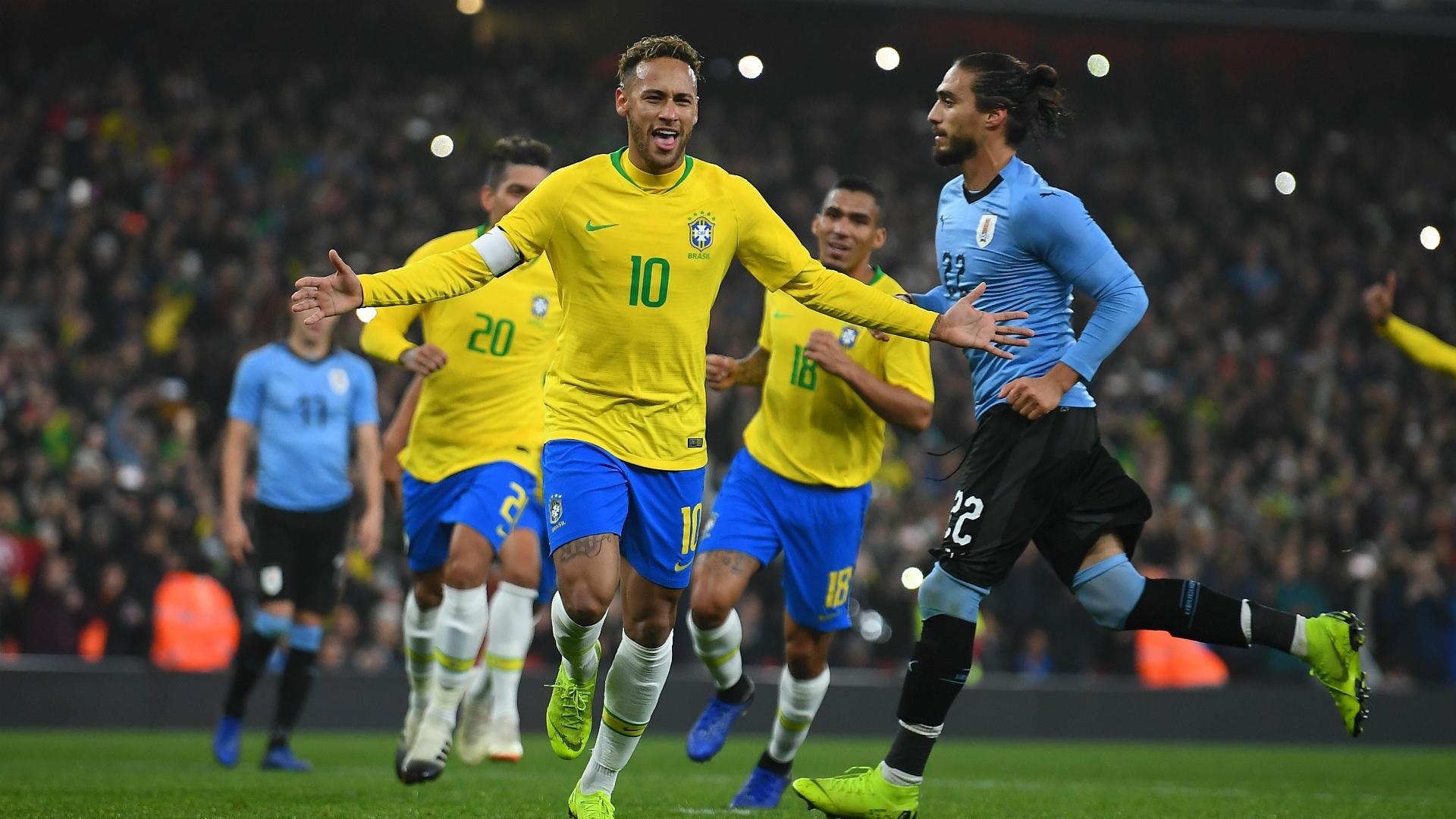 Brazil beat Uruguay by Neymar's penalty