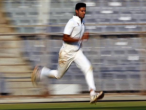वीडियो: आईपीएल नीलामी के बाद एक बार फिर शिवम दुबे ने जड़ा एक ओवर में 5 छक्का 4