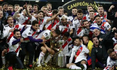 After returning to Copa Libertadores quietly returned home, the Boca Juniors team