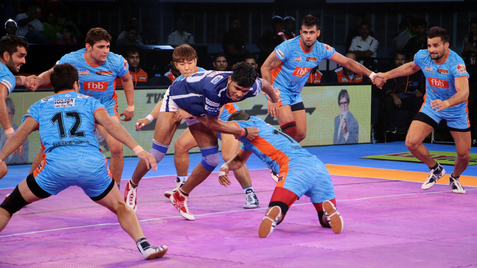 Pro Kabaddi League: Dabangg Delhi defeats Bengal Warriors