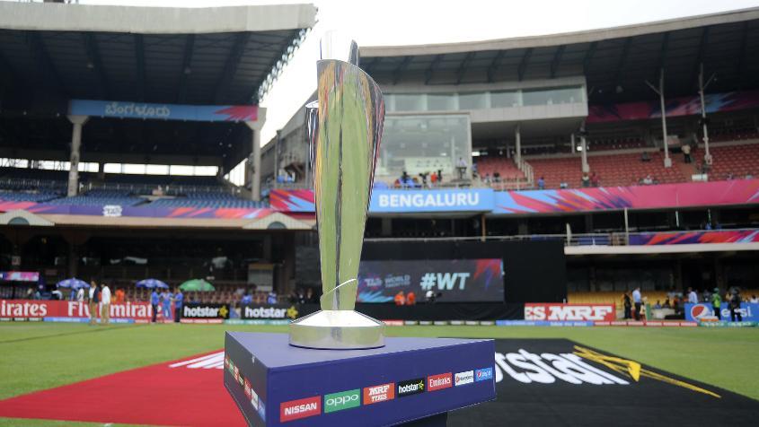 आईसीसी ने जारी की साल 2018 की महिला टी-20 टीम ऑफ द ईयर, भारत की इन तीन खिलाड़ियों को मिली जगह 1
