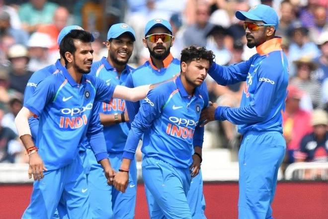 ऑस्ट्रेलिया के खिलाफ वनडे और न्यूज़ीलैंड के खिलाफ टी-20 के लिए 15 सदस्यी भारतीय टीम, धोनी की वापसी के साथ इस खिलाड़ी की छुट्टी! 3