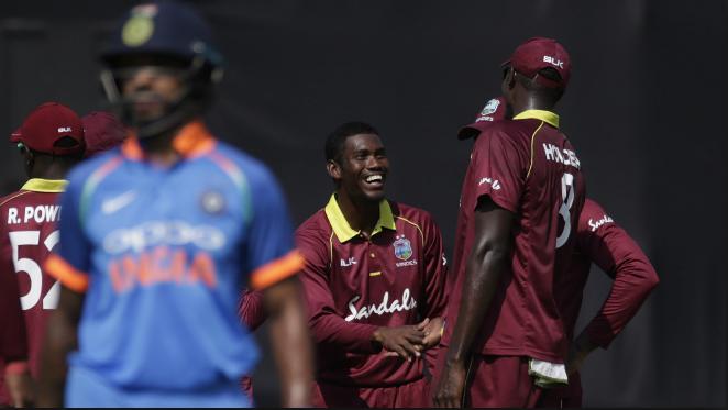 साल 2018 में इन पांच गेंदबाजो की हुई जमकर पिटाई, एक ही वनडे मैच में खर्च कर डाले पुरे सीरीज के रन 1