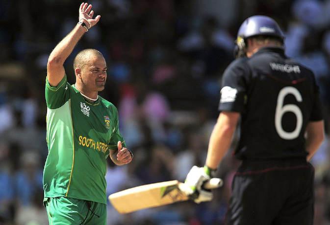जब एक जेलर बना इंटरनेशनल क्रिकेटर, चटका डाले इतने विकेट 17