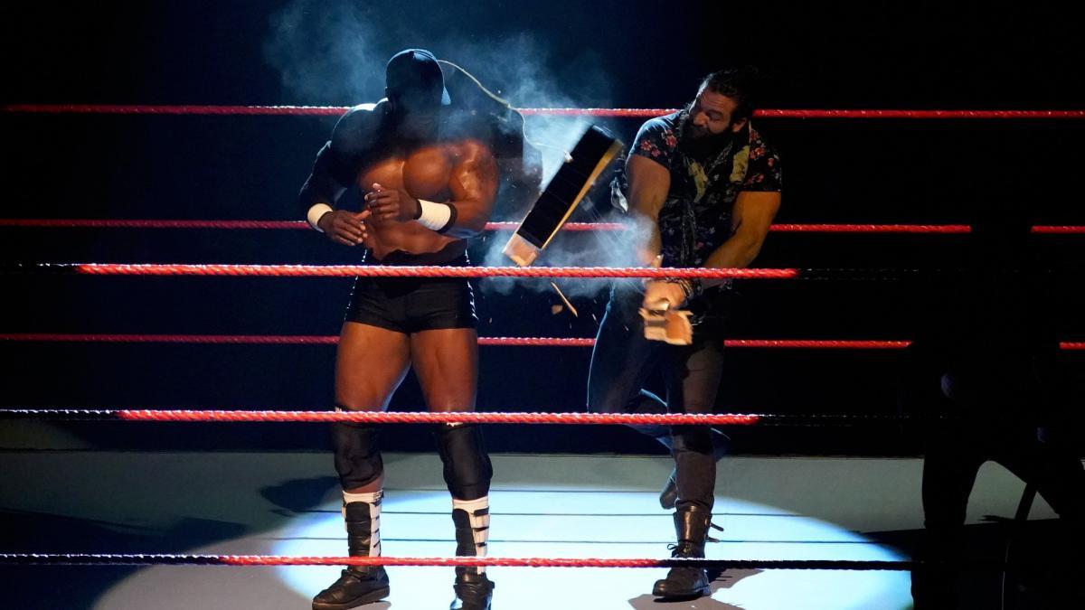 ऐसी पांच चीज़ें जो 24 दिसंबर की WWE रॉ लाइव इवेंट में होने वाली हैं 6