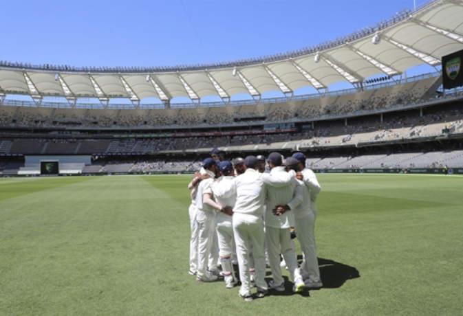 ऑस्ट्रेलिया बनाम भारत: जानिए क्या होती हैं 'ड्राॅप इन' पिच, जिसका पर्थ में भारत कर रहा है सामना 3