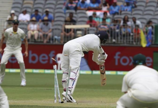 कप्तान का ये पसंदीदा खिलाड़ी पिछली 7 टेस्ट पारियों से लगतार हो रहा फ्लाॅप, फिर भी बना है टीम इंडिया का हिस्सा 1