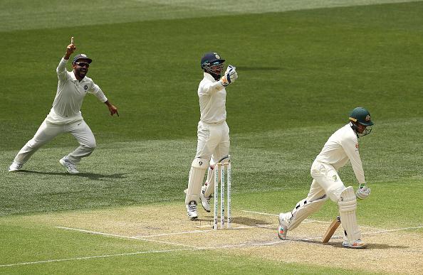 वीडियो : 39.3वें ओवर में विराट कोहली द्वारा लिया गया रिव्यु आया टीम इंडिया के काम, ख्वाजा के विकेट के साथ ही अश्विन ने रचा इतिहास 2