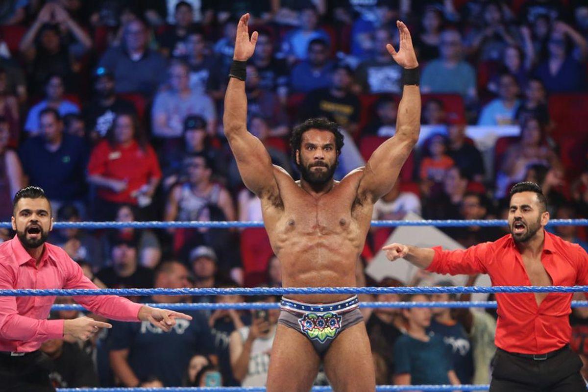 ऐसी चीज़ें जो रैसलमेनिया से पहले WWE में पूरी तरह बदल सकती हैं 17