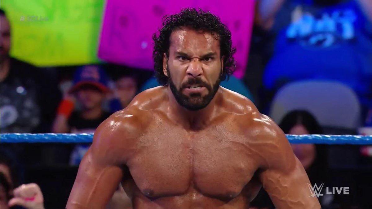 ऐसी पांच चीज़ें, जिनमें बदलाव कर 2019 में WWE को हो सकता है बड़ा फ़ायदा 6