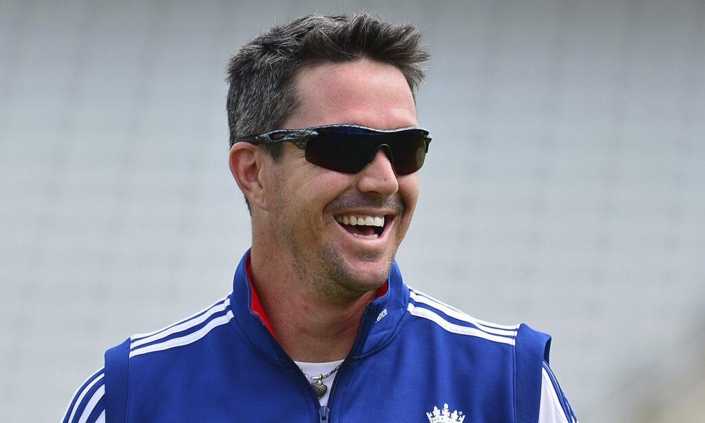 पूर्व इंग्लिश कप्तान माइकल वॉन ने चुनी ऑल टाइम इंग्लैंड वनडे इलेवन, इस दिग्गज को सौंपी कप्तानी 3