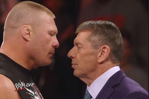 इन WWE रैसलरों ने किया है अपने बॉस पर हमला, विन्स मैकमेहन हुए खून से लथपथ, देखें वीडियो 1