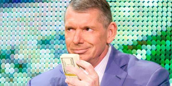 विन्स मैकमेहन ने बेचे WWE के तीन लाख शेयर, कीमत जानकर चौंक जायेंगे आप 1