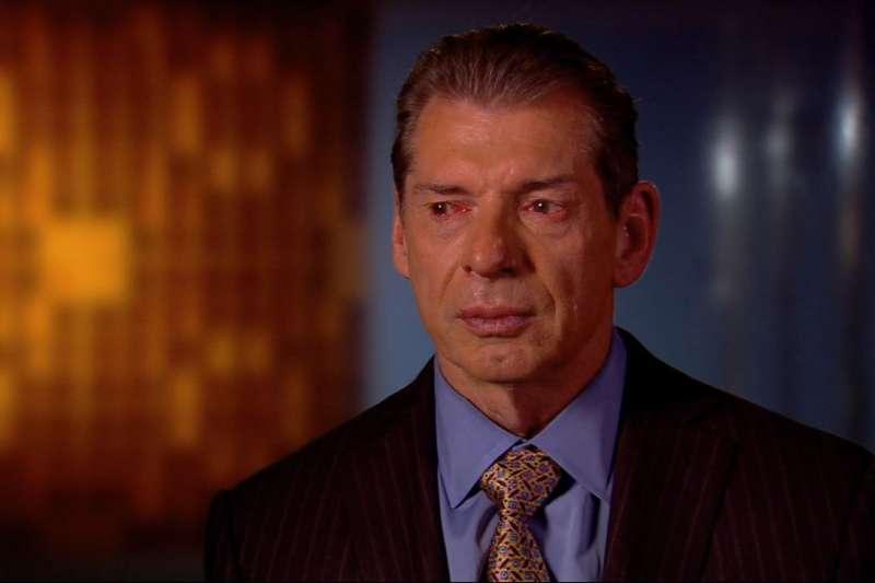 WWE रॉ के पच्चीस साल के इतिहास में रेटिंग्स सबसे नीचे, कम्पनी की बढ़ी चिंता 10