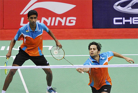 Badminton: Manu Sumit in the pre-quarterfinals of Indonesia Masters