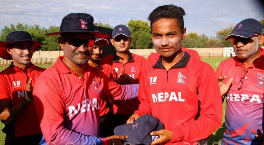 नेपाल के बल्लेबाज रोहित पौडेल ने अपने पहले ही मैच में सचिन तेंदुलकर को पीछे छोड़ बनाया ये विश्व रिकॉर्ड 3