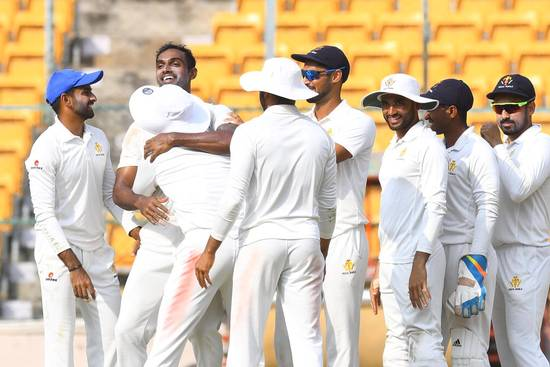रणजी ट्रॉफी 2018-19: सेमीफाइनल में सौराष्ट्र के खिलाफ मैच के तीसरे दिन मजबूत स्थिति में कर्नाटक 17
