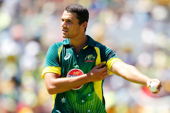 AUSvsIND : इस खिलाड़ी को वनडे टीम में नहीं मिली जगह, तो चयनकर्ताओं को लगाई फटकार 2