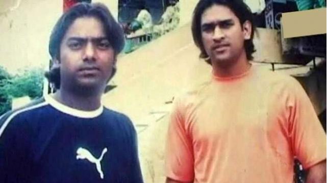 भारत को वनडे सीरीज में हराने के लिए ग्लेन मैक्सवेल ने सीख लिया हैं एमएस धोनी का हेलिकॉप्टर शॉट, देखे वीडियो 2