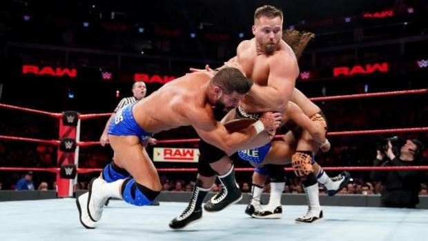 यह चैंपियन टीम जल्द छोड़ सकती है WWE का साथ, विन्स मैकमेहन की बढ़ सकती है मुसीबत 4